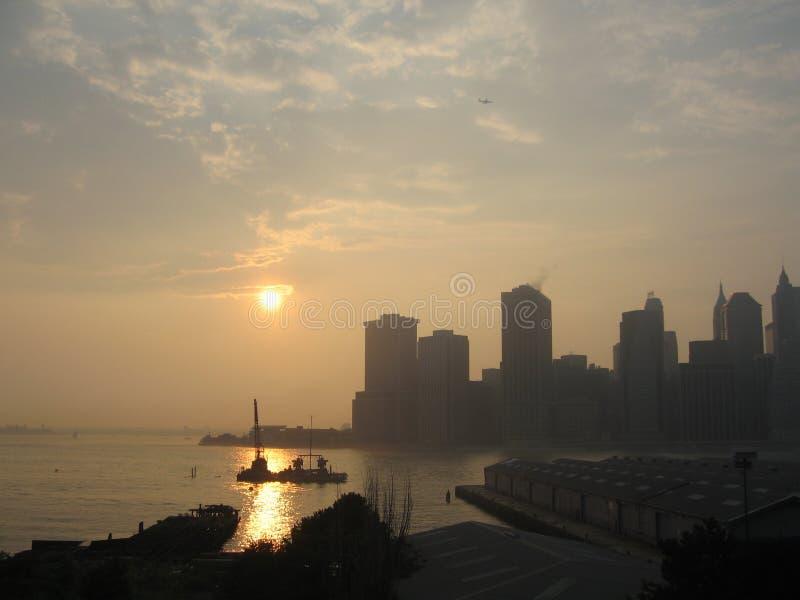 De zonsondergang van Manhattan royalty-vrije stock foto