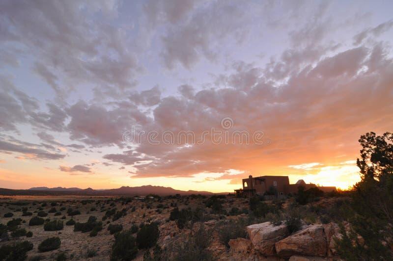 De Zonsondergang van New Mexico stock afbeeldingen