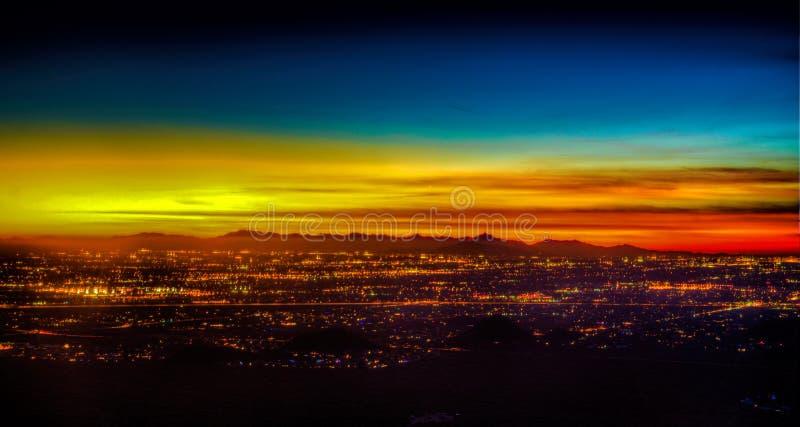 De Zonsondergang van Phoenix Arizona stock afbeelding