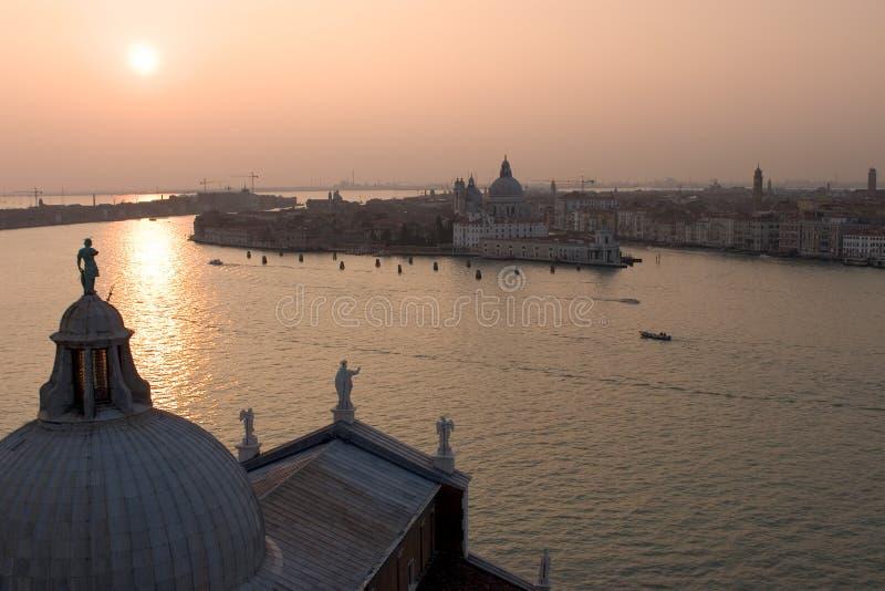 De Zonsondergang van Venetië stock afbeelding