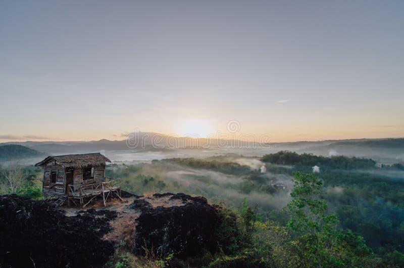 De zonsopgang zet Ireng op stock afbeeldingen