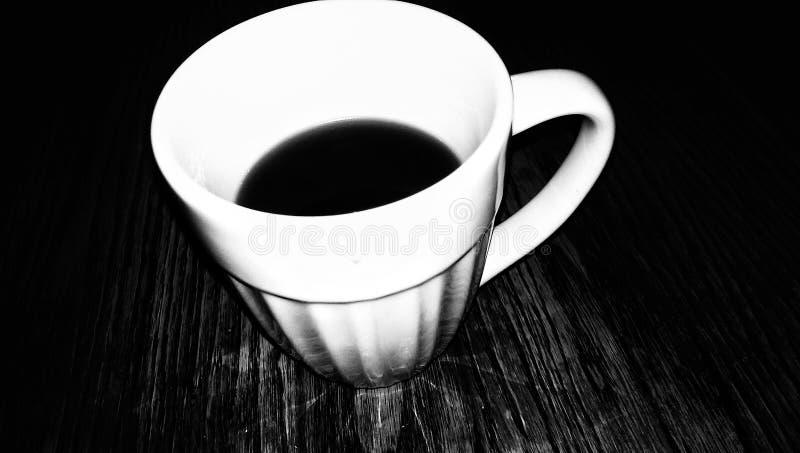 De Zwarte & het Wit van de ochtendkoffie royalty-vrije stock afbeeldingen