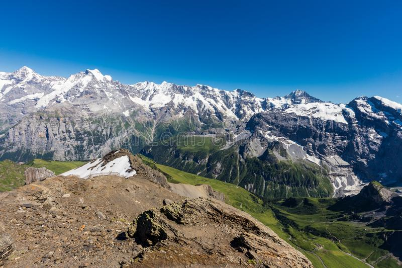 De Zwitserse bergketen van Alpen vanaf bovenkant van schilthorn, Murren, Zwitserland stock foto