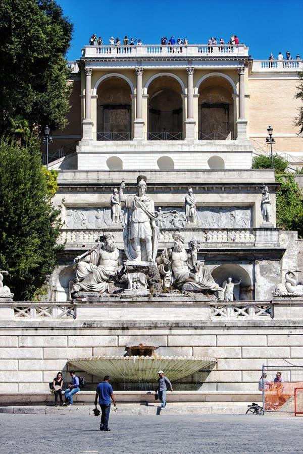 Dea Roma-fontein (Piazza del Popolo, Rome - Italië) stock afbeelding