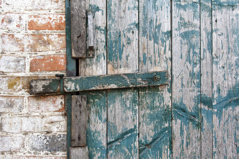 Deadbolt auf der Tür stockbilder