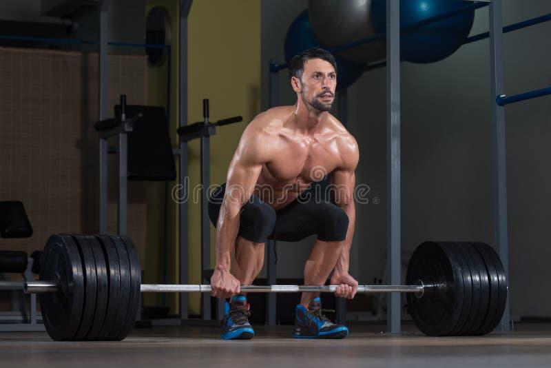 Deadlift Workout για την πλάτη στοκ εικόνες