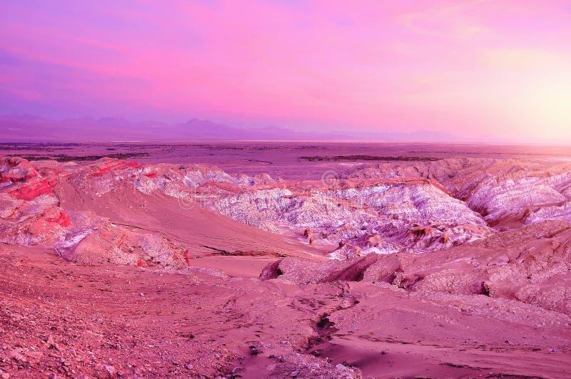 Death valle-Valle de Muerte en el tiempo de la puesta del sol fotografía de archivo