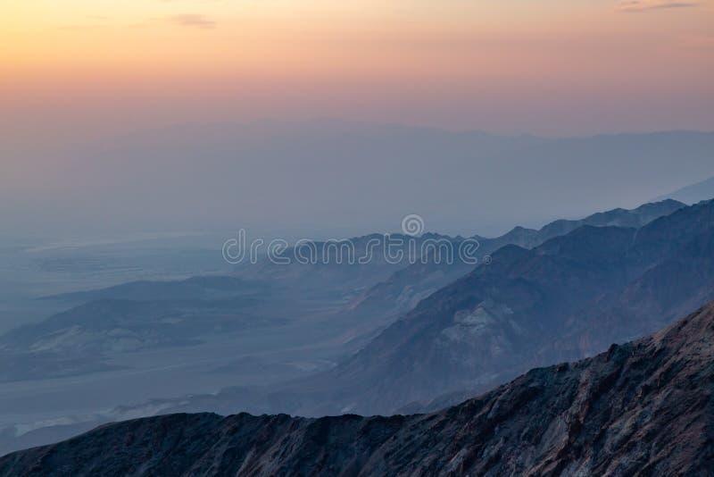 Death Valley solnedgång royaltyfri foto