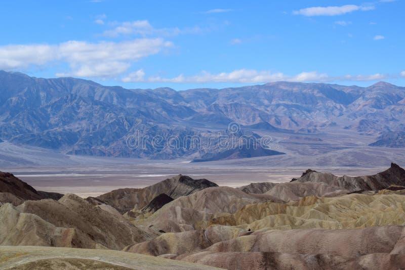 Death Valley - Zabriskie-Punkt lizenzfreie stockfotos