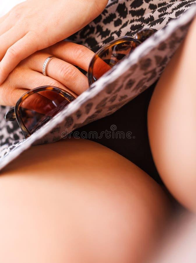 Debajo de faldas