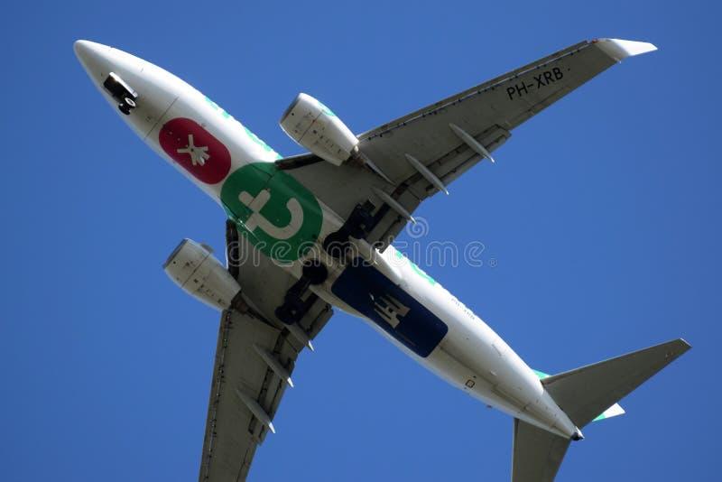 Debajo de la trayectoria de vuelo del aeropuerto de Rotterdam imagen de archivo