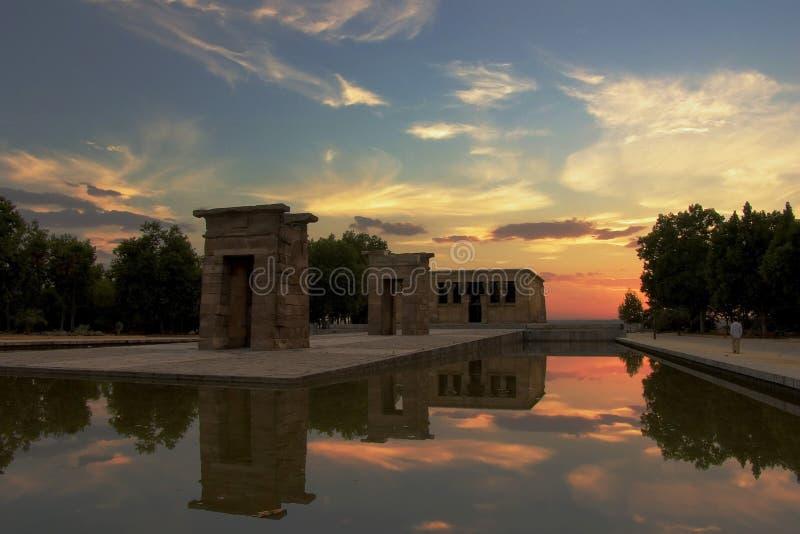 debod ναός ηλιοβασιλέματος στοκ εικόνες