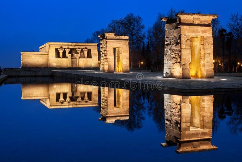 Debod tempel på natten royaltyfria foton