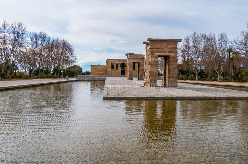 Debod-Tempel am Westpark in Madrid - Templo de Debod lizenzfreie stockbilder