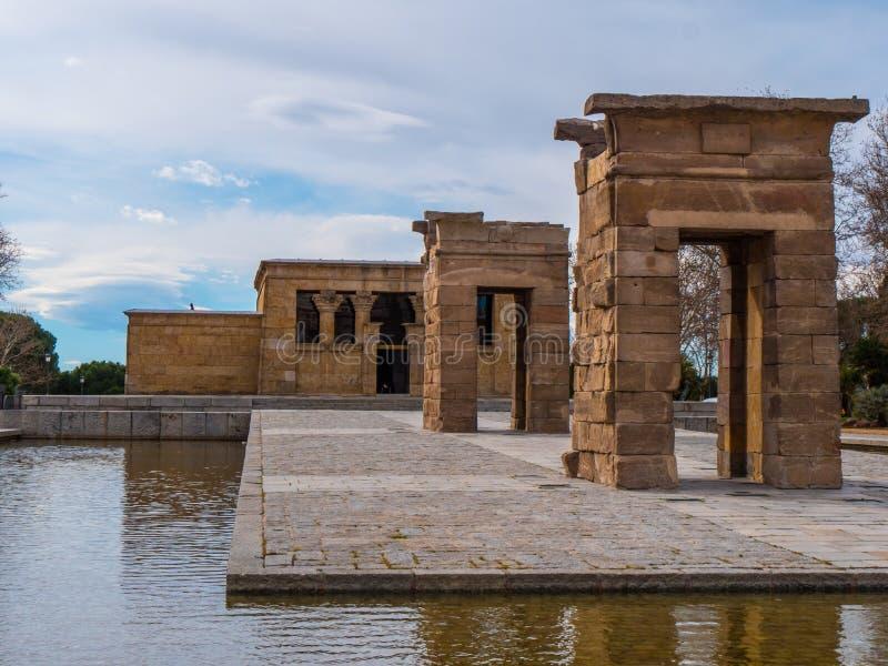 Debod-Tempel am Westpark in Madrid - Templo de Debod lizenzfreie stockfotos