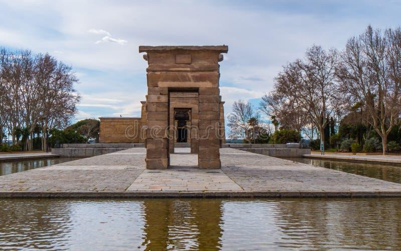 Debod-Tempel am Westpark in Madrid - Templo de Debod stockfotos