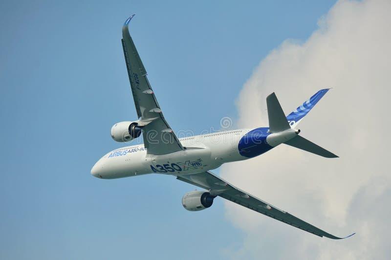 Debut för flygbuss A350-900 på Singapore Airshow arkivfoto