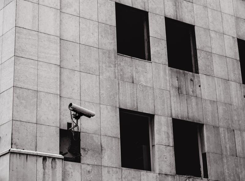 Decadencia urbana - cámara de seguridad fotos de archivo libres de regalías