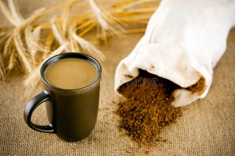 Decaffeinated кофе с молоком стоковая фотография