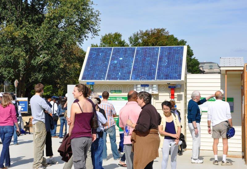 Decathlon solaire du concours 2009 photographie stock libre de droits