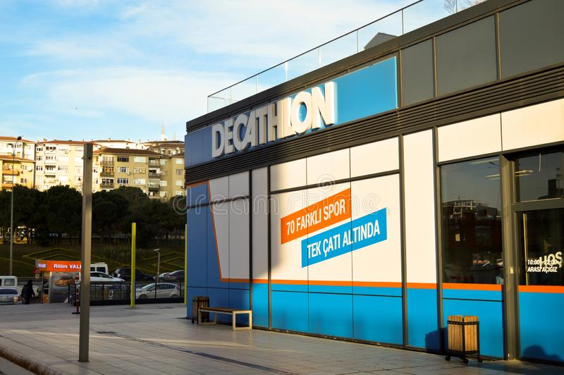 Decathlon store sells materials related to 70 different sports. Istanbul Maltepe, store entrance stock photography
