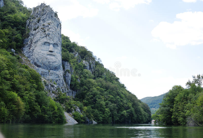 decebal国王岩石雕塑 免版税库存照片