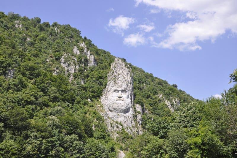 Decebal头在岩石雕刻了在Cazane峡谷,罗马尼亚 免版税库存图片