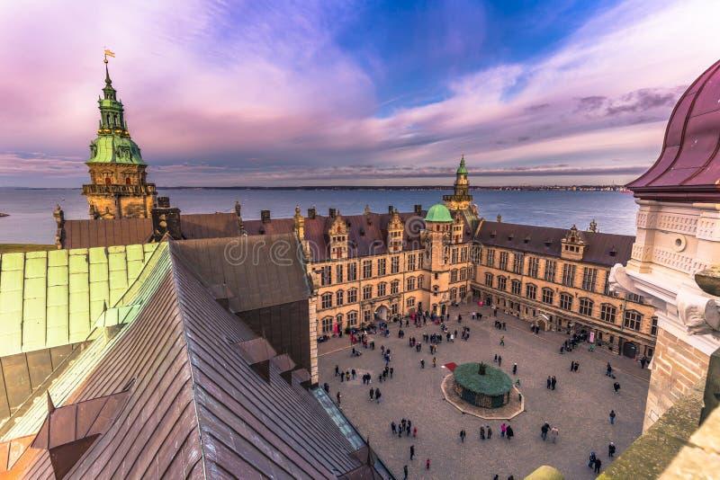 03 december, 2016: Binnenplaats van Kronborg-kasteel, Denemarken royalty-vrije stock afbeeldingen
