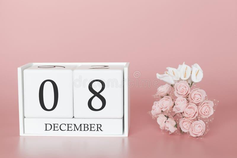 08 december Dag 8 van maand Kalenderkubus op moderne roze achtergrond, concept zaken en een belangrijke gebeurtenis royalty-vrije stock fotografie