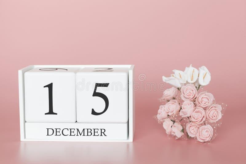 15 december Dag 15 van maand Kalenderkubus op moderne roze achtergrond, concept zaken en een belangrijke gebeurtenis stock afbeelding