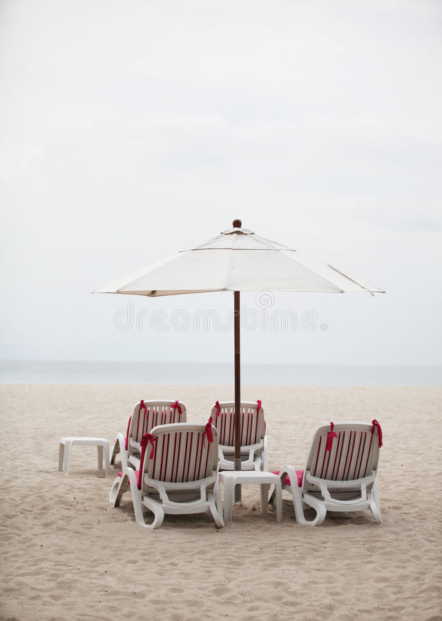 Download Deck Chairs - Copy Space. Stock Image - Image: 28855151