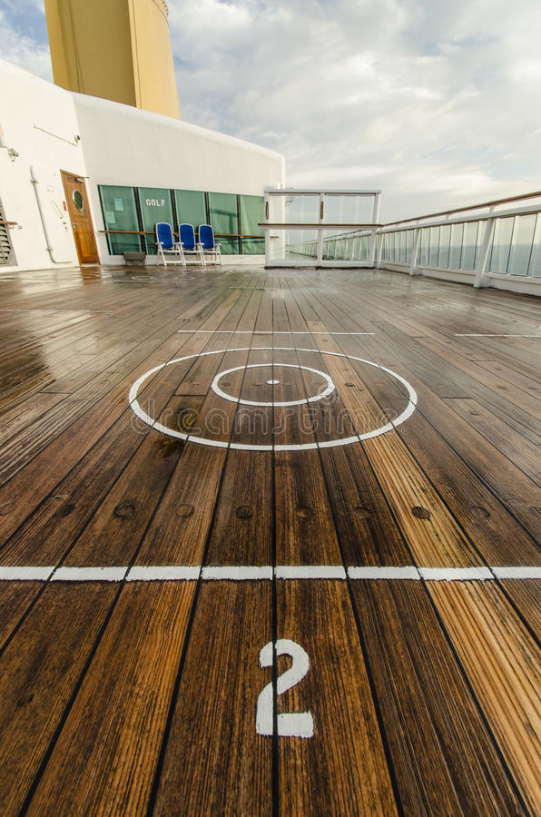 Download Deck quoits stock photo. Image of vacation, circle, quoits - 28366952