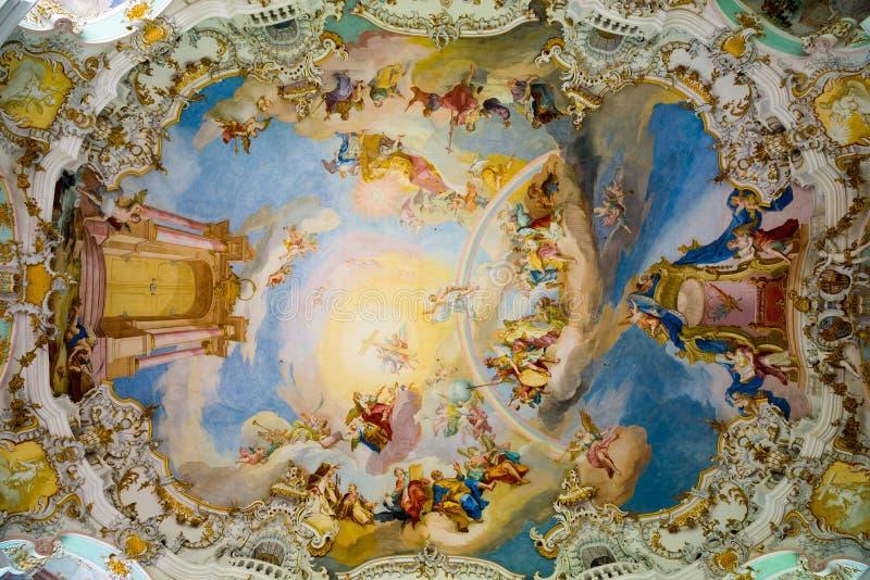 Decke in der Pilgerfahrt-Kirche von Wies Lenkrad und Armaturenbrett Bayern, Deutschland lizenzfreie stockbilder