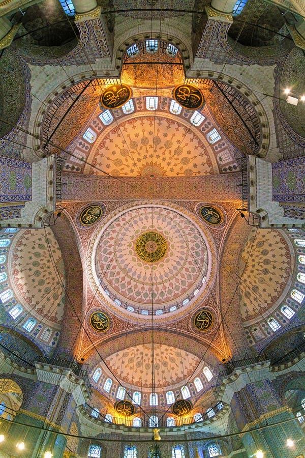 Deckenmalerei von Yeni Mosque in Istanbul, die Türkei lizenzfreie stockbilder