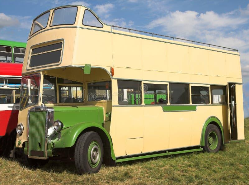 decker autobus podwójne na widok fotografia stock