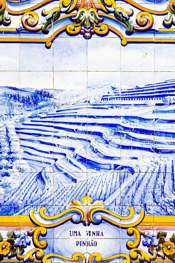 Deckt azulejos mit Ziegeln lizenzfreie stockbilder