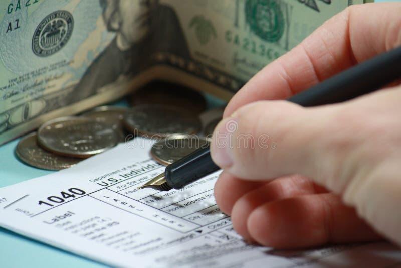 Declaración de impuestos de la clasificación imágenes de archivo libres de regalías