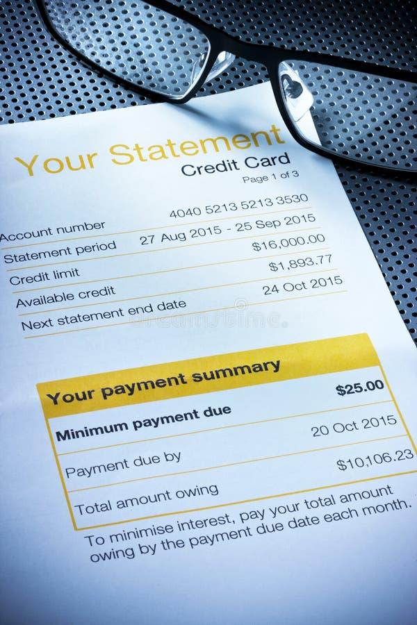 Declaración de la tarjeta de crédito foto de archivo libre de regalías