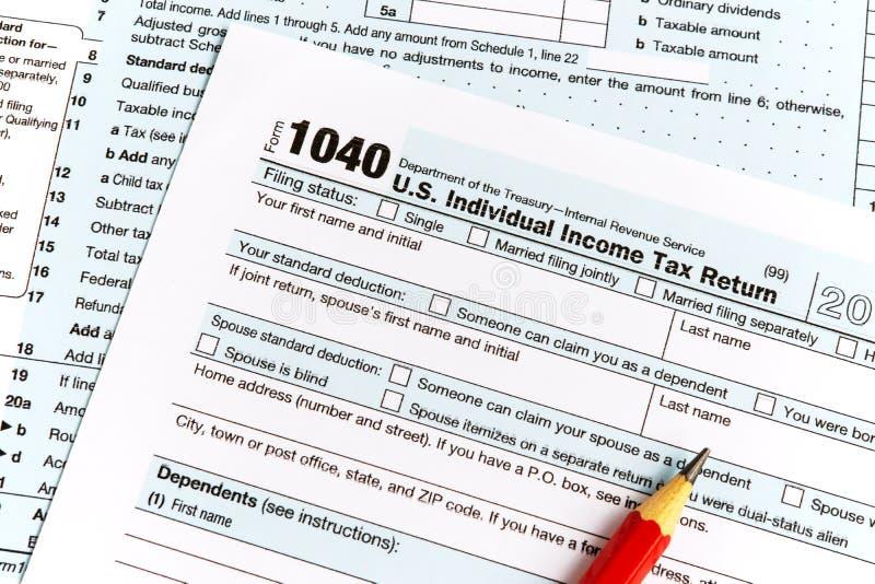 Declaración sobre la renta IRS 1040 imágenes de archivo libres de regalías