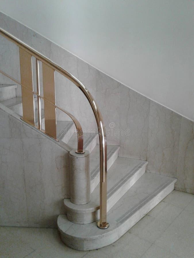 Deco de mármore das escadas imagem de stock