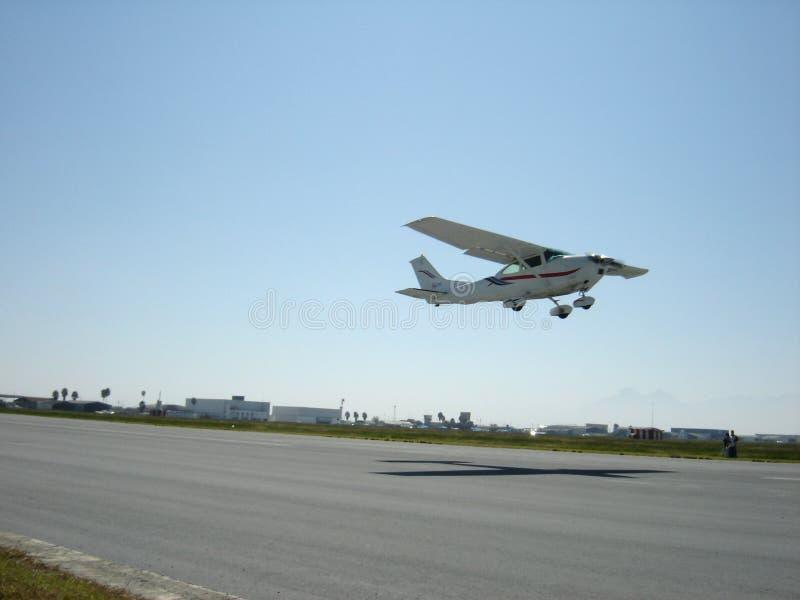 Decollo 2 dei velivoli fotografia stock libera da diritti