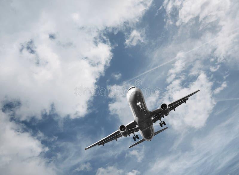 Decollo dell'aeroplano del passeggero fotografie stock