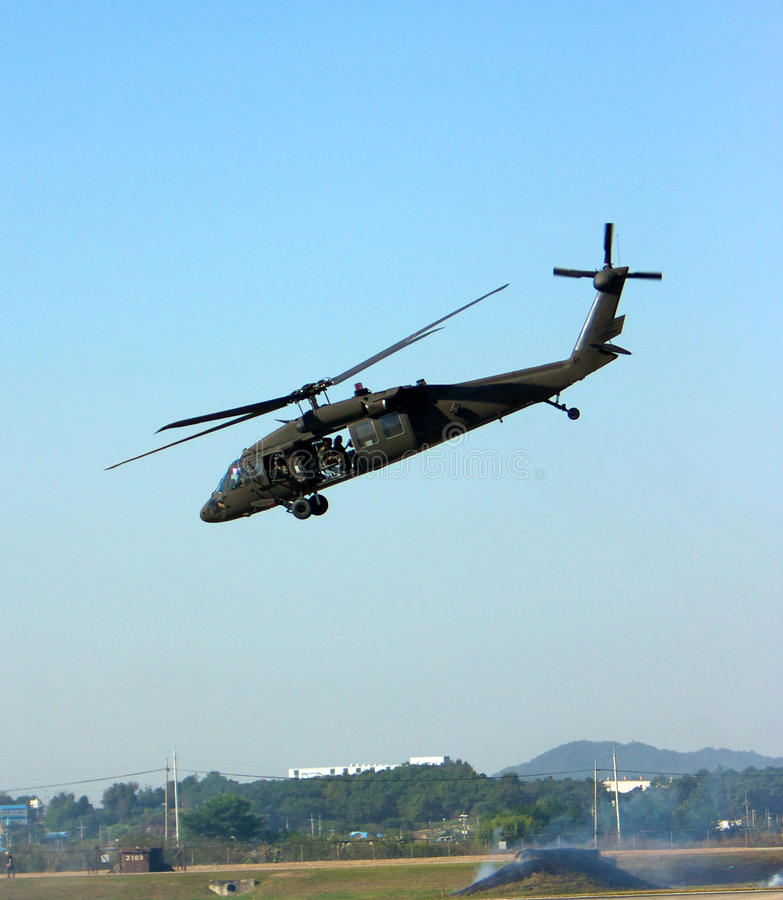 Decollo di UH60 Blackhawk immagini stock libere da diritti