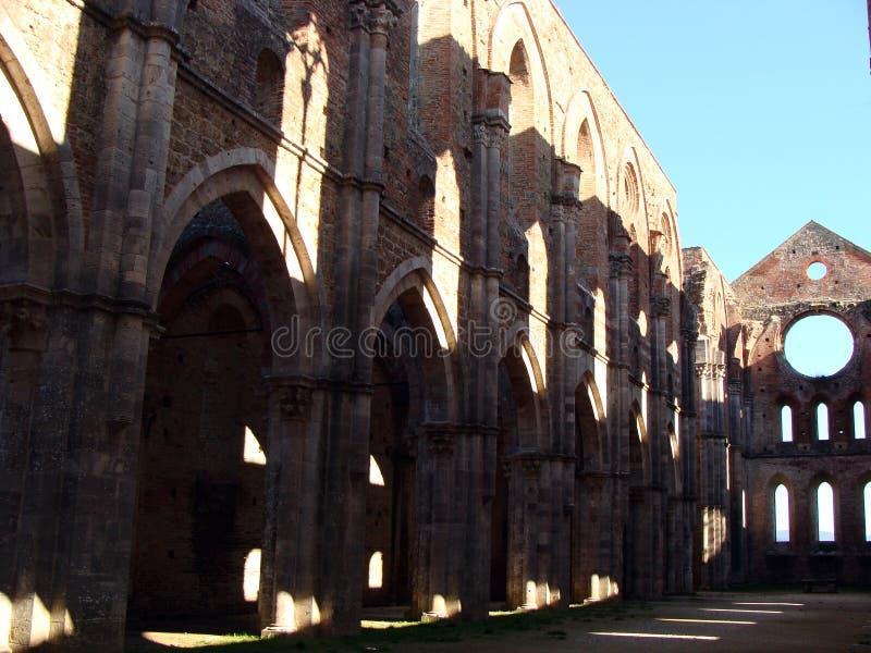Download Deconsecrated Abtei stockbild. Bild von kathedrale, ernstlich - 27728687