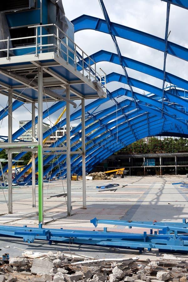 decontruction框架金属站点结构 库存照片