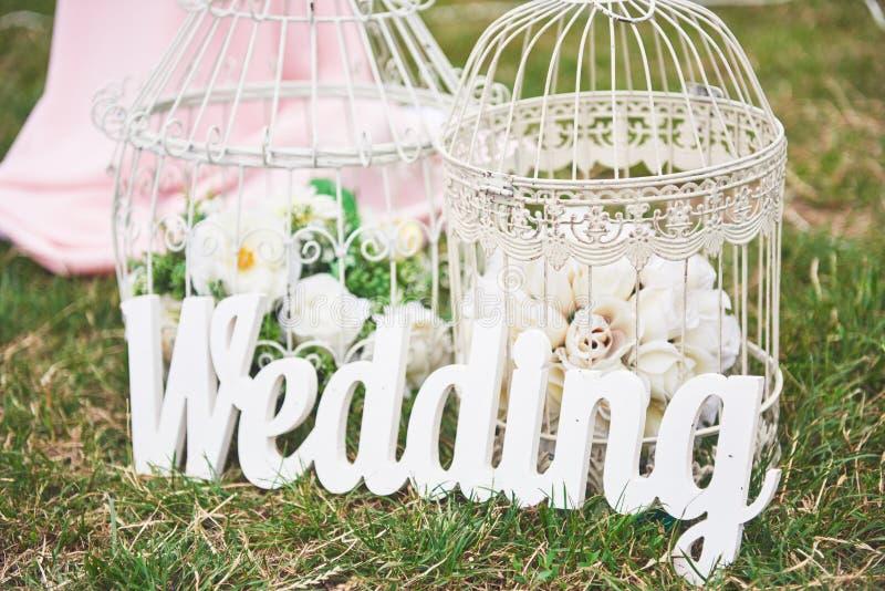 Decoração bem-vinda feito à mão de madeira do casamento imagens de stock royalty free