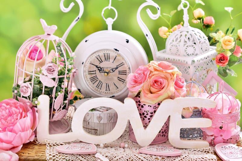 Decoração chique gasto romântica do amor imagem de stock
