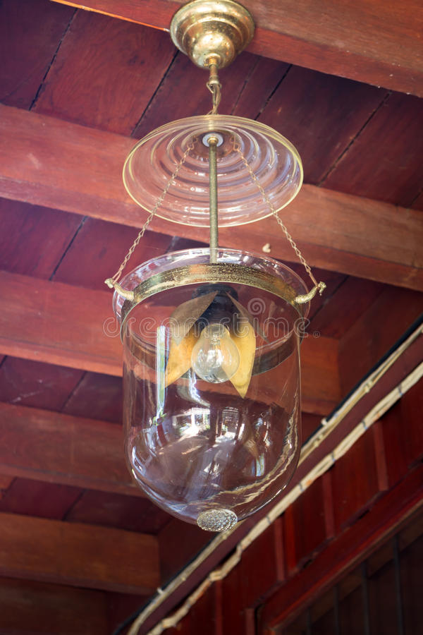 Decoração clara luxuosa retro bonita da lâmpada foto de stock