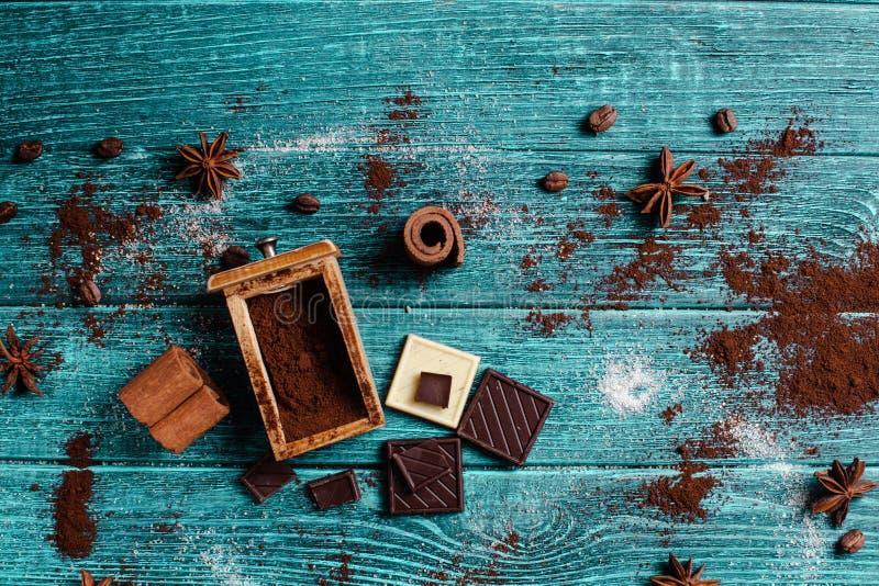 Decoração com ingredientes aromáticos fotos de stock royalty free