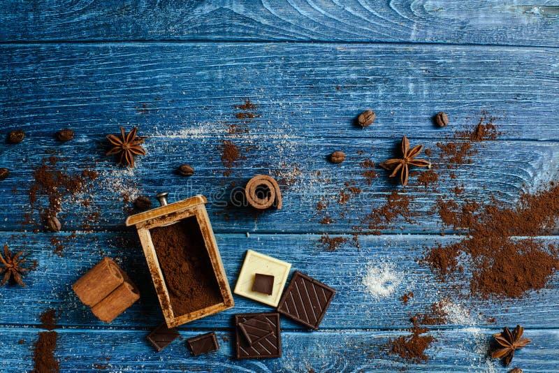 Decoração com ingredientes aromáticos imagem de stock royalty free